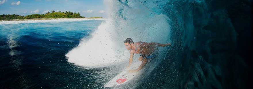 surf_charter_maldives
